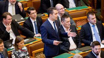 Vona: Lélekben már felkészültem arra, hogy feloszlatják a Jobbikot