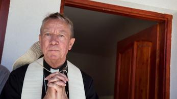 Katolikus püspök: Nem mondhatjuk Sorosra, hogy Sátán