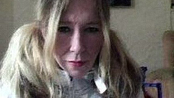 Fiával együtt légitámadásban halt meg a brit fehér özvegy