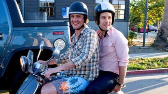 A férfiak közti testvéri barátság veszélyt jelenthet a heteroszexuális kapcsolatokra