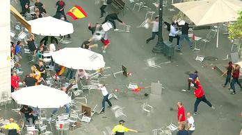 Radikális csoportok székeket dobáltak Barcelonában