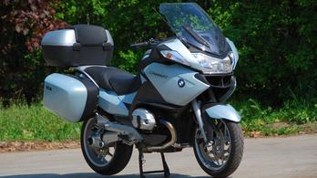 BMW RT-t kezdő motornak?