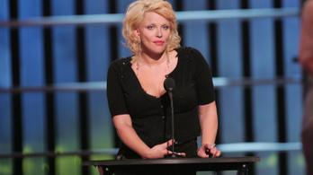 Courtney Love figyelmeztetett Weinsteinre, de őt büntették meg érte