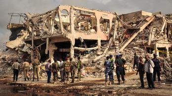 Már 300 halottja van Szomália legsúlyosabb terrortámadásának