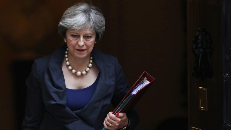Brexit: a brit miniszterelnök Brüsszelbe megy