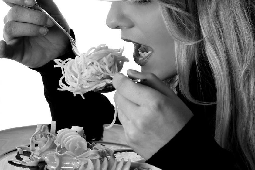 Aki mindent megeszik a tányérról, az garantáltan elhízik!