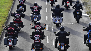 Kedden betiltotta, szerdán rajtaütött a német rendőrség a Pokol Angyalain