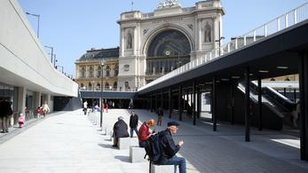 35 millióból telepítenek kormányablakot a Keleti pályaudvarra
