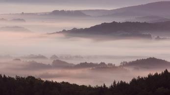 A fél országot ellepi a sűrű köd