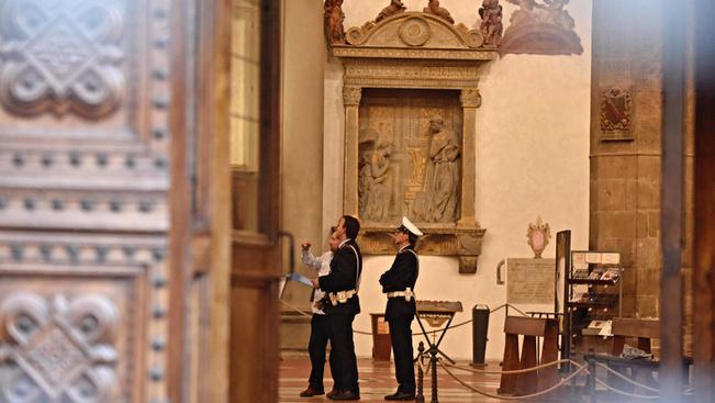 Turistát ért halálos baleset a Santa Croce-bazilikában