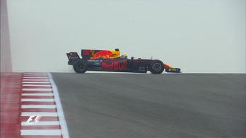 Hamilton brutális pályacsúccsal üzent Vettelnek