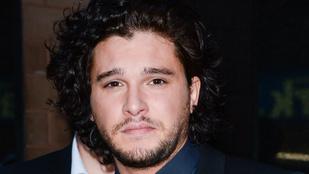 Jon Snow már mindent tud és ettől elsírta magát