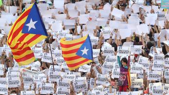 Puigdemont: Franco óta nem érte ilyen súlyos támadás Katalóniát