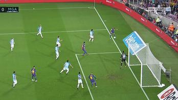 Óriási bírói hibából jött a Barcelona-gól
