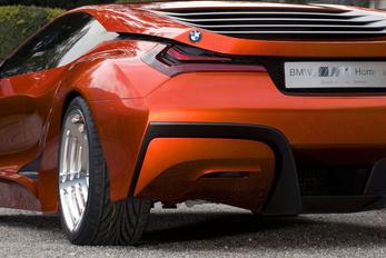 A BMW is megcsinálja a maga szupersportkocsiját?