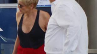Megismerné ezt a nőt a reptéren?