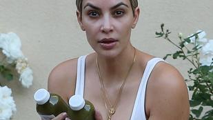 Azért Kim Kardashiannak is van egy feje, amikor rájön, hogy az edzőterem előtti járdán üldögélve fotózzák