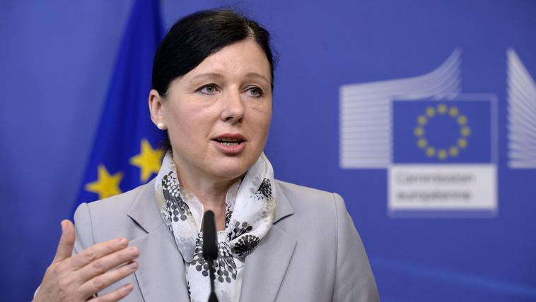 Kevesebb demokrácia kevesebb EU-pénzt jelenthet