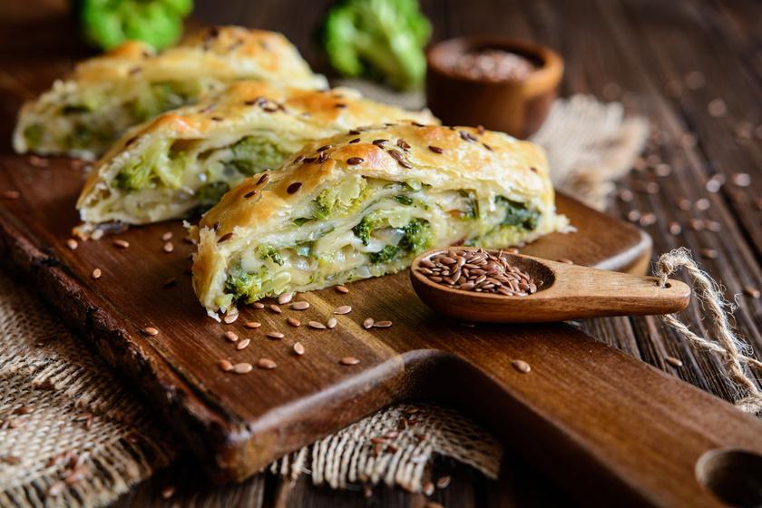 Brokkolis, hagymás tekercs sok sajttal - Roppanós és nagyon finom