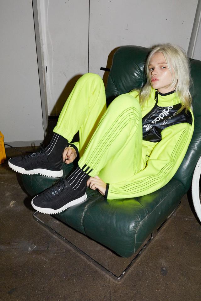 November 4-től szerezhetitek be az Alexander Wang féle Adidas cuccokat.