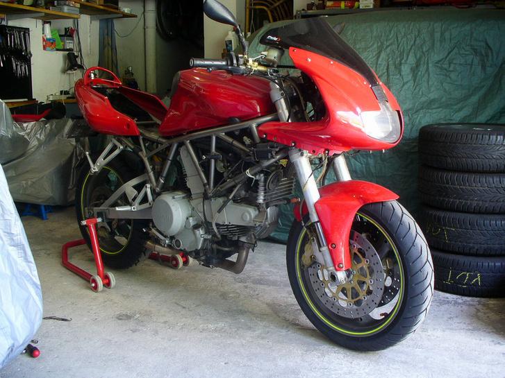 Itt még csak sejtettem, hogy lehetnek bajai a Ducatinak