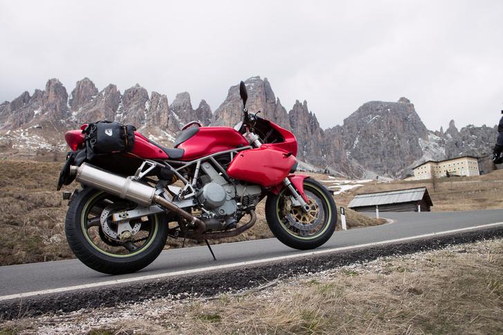Szezon előtt egy héttel még hideg van az olasz hegyekben