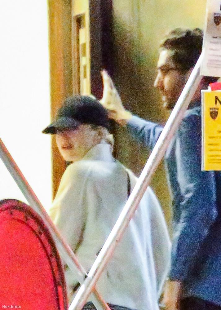 Stone és új pasija egyébként hétvégén a színésznő 29 születésnapját ünnepelték, ennek során készültek a képek is.
