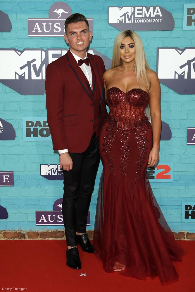 Sam Gowland és Chloe Ferry, mintha nem az MTV EMA-ra, hanem egy sulis bankettre indultak volna el