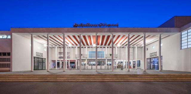 A zsűri különdíját a Palatinus fürdő rekonstrukciójával az Archikon nyerte. A Palatinus strandfürdő új kapu- és öltözőépülete 1937-ben készült el id. Janáky István nyertes pályaműve alapján.