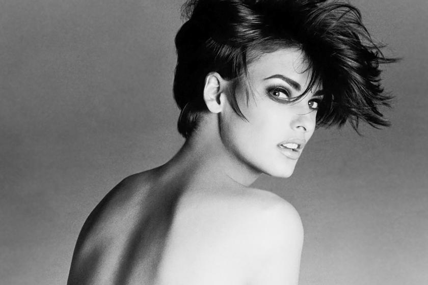 A '90-es évek kedvenc manökenje volt: rövid fazonjai divatosabbak, mint valaha