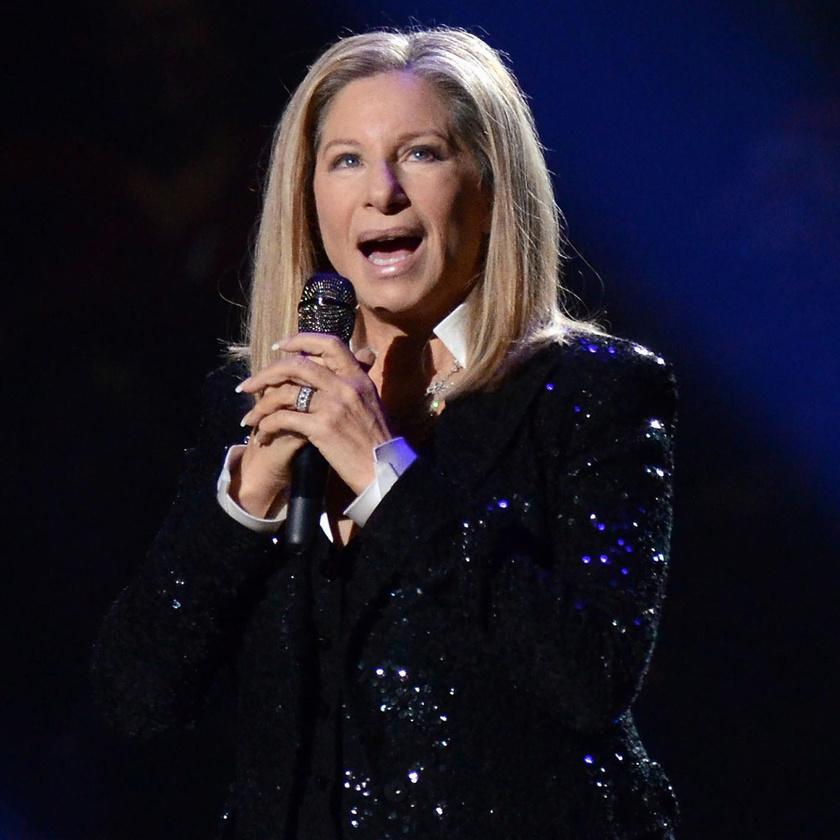 Nem áll többet színpadra a legendás énekesnő – Szomorú bejelentést tett