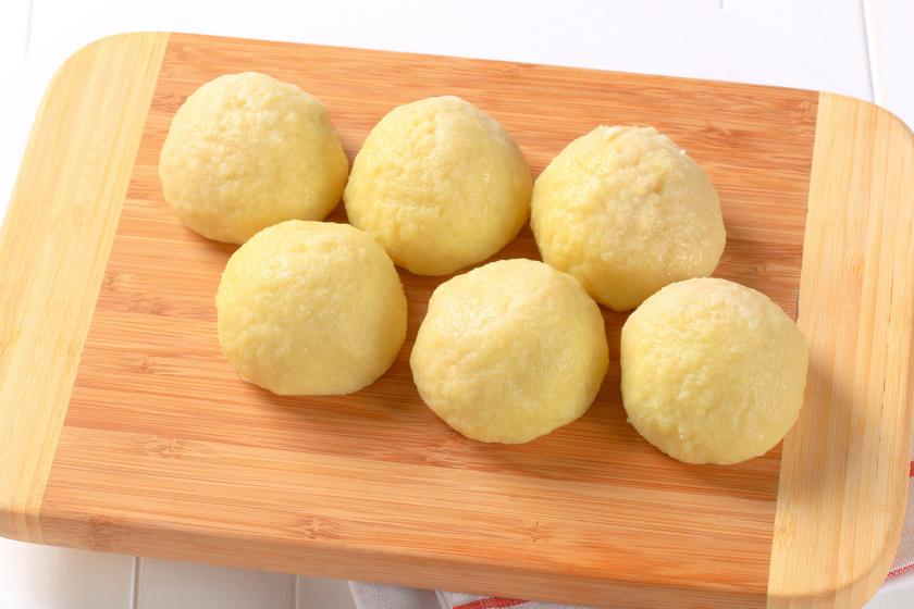 A régi jó krumpligombóc receptje: ezzel dobd fel a levesedet!