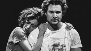 Önerős párkapcsolati terápia a színpadon