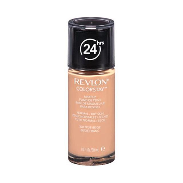 A Revlon 24 órán át tartó lefedettséget ígér, ebből állítólag 16 órára lehet inkább számítani. A Revlon normál és száraz bőrre is ajánlott alapozója 12.99 dollárba, körülbelül 3300 forintba kerül.