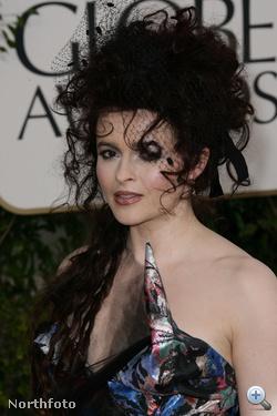 Helena Bonham Cartertől megszoktuk az őrült összeállításokat.