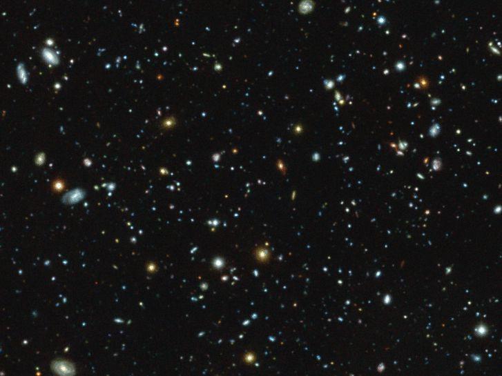 A MUSE felvétele a HUDF mezőről, és a Lyman-alfa fényt sugárzó galaxisok