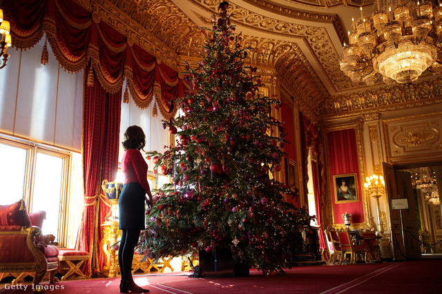 A windsori kastélyban is elkészültek a karácsonyi dekorációval.