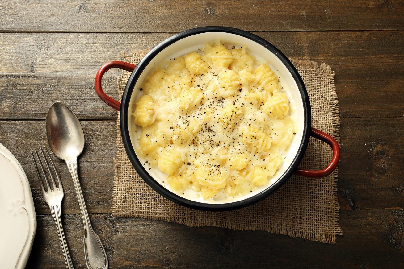 Duplasajtos, krémes gnocchi a sütőből: remek fogás 30 perc alatt
