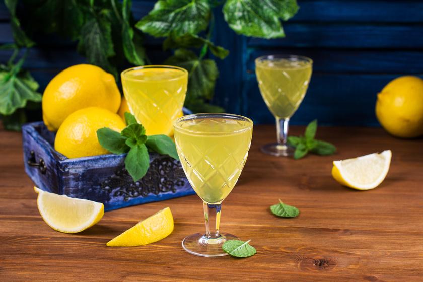 Fantasztikus citromlikőr, avagy a limoncello receptje szicíliai rokonainktól