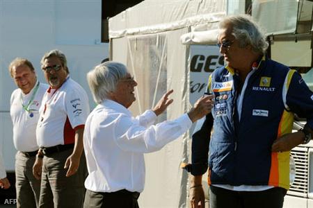 Bernie Ecclestone és Flavio Briatore
