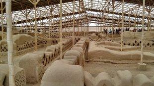 Mocsika és chimú piramisok Észak-Peruban