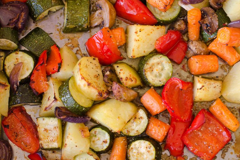 Vegyes fűszeres, sült zöldségek - Diétás, mégis ízletes köret