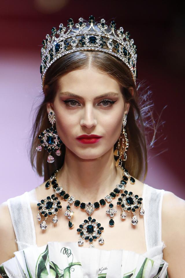 Milliomos feleségeknek tervezett ékszereket a Dolce & Gabbana.