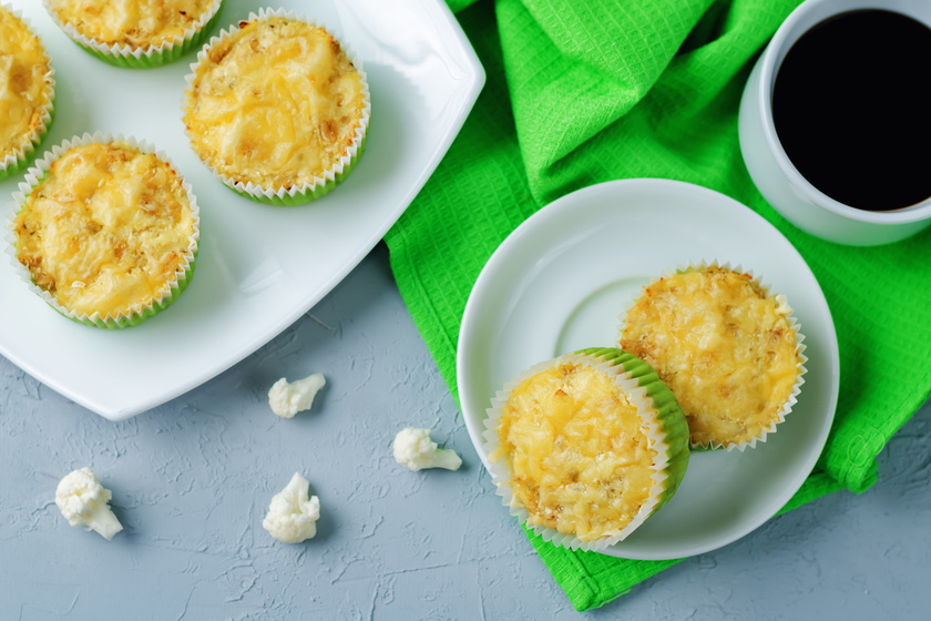 Liszt nélküli sajtos, karfiolos muffin: a joghurttól lesz igazán puha