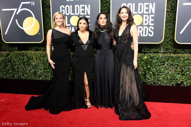 Eva Longoria nem a legpraktikusabb kismamaruhát húzta ki a szekrényből, Reese Witherspoon szerint divat a félvállas ruha, Salma Hayek legnagyobb meglepetésünkre zárt Balenciaga ruhában érkezett, Ashley Judd pedig bedőlt a tüll trendnek.