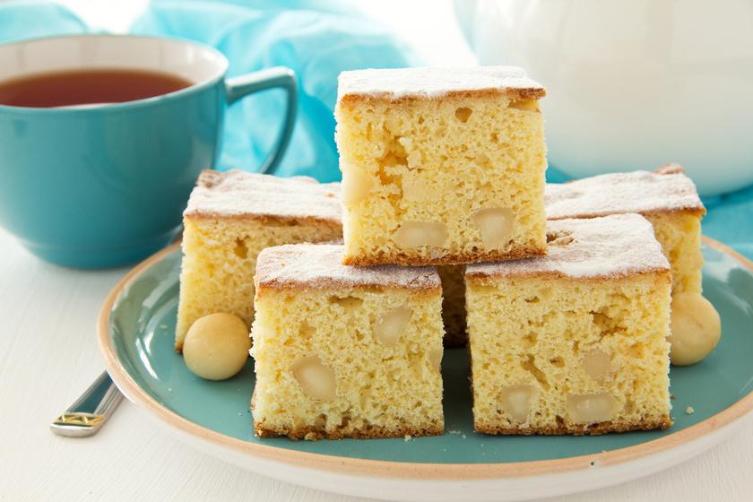 Puha, fehér csokis piskóta: ennek a csodás sütinek a tésztájába kerül a csoki