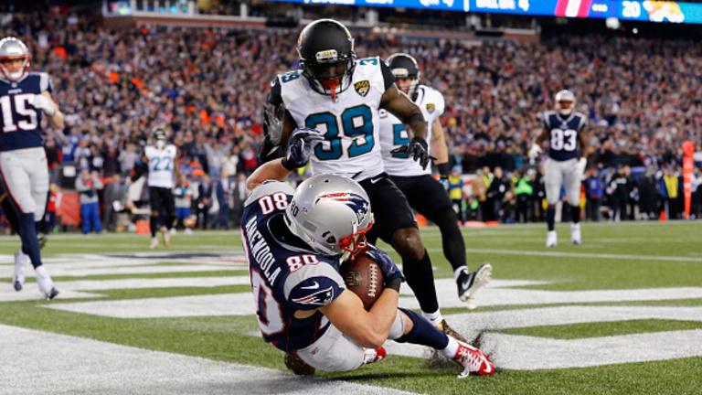 Egy KO és egy thriller döntött a Super Bowl-résztvevőkről
