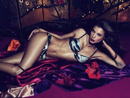 Elisabetta Canalis a Roberto Cavalli reklámfotóján