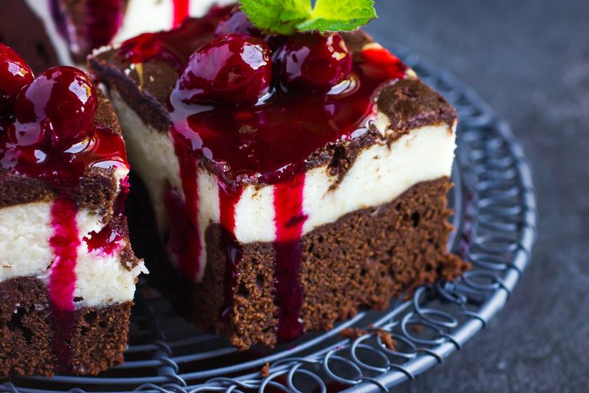 Kétszínű kakaós, sajtkrémes kevert süti: nem lehet elrontani