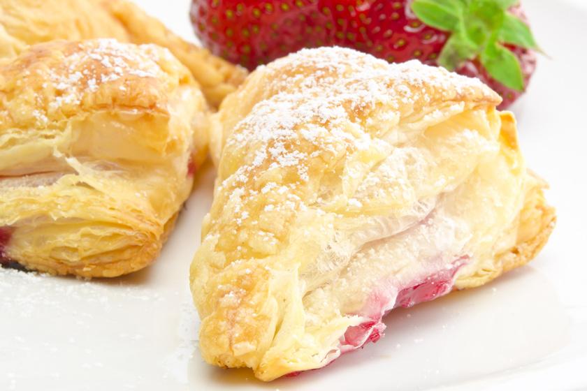 Ropogós lekváros táska: ilyen finomat nem kapsz a pékségben